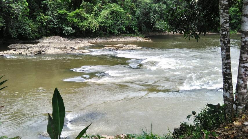 Riam Pangonukng tak jauh dari situs kuta/tamaduk di laman Kinipan